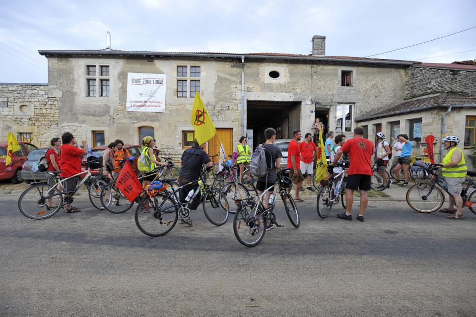 Maison de Résistance à la Poubelle Nucléaire de Bure AlterTour 2015